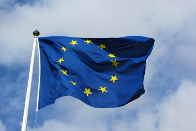 Paquet télécom adopté à l'UE : 5G, nouveaux droits pour l'abonné et 112 inversé