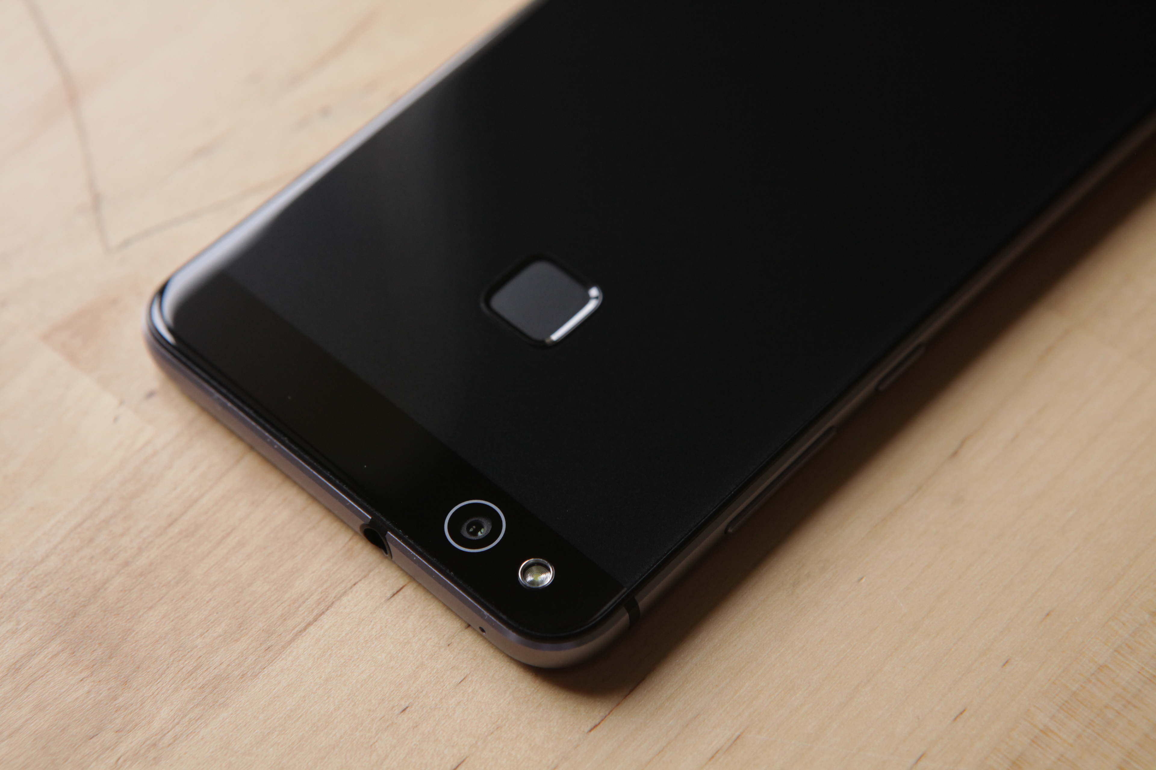 test huawei p10 lite notre avis complet smartphones frandroid. Black Bedroom Furniture Sets. Home Design Ideas