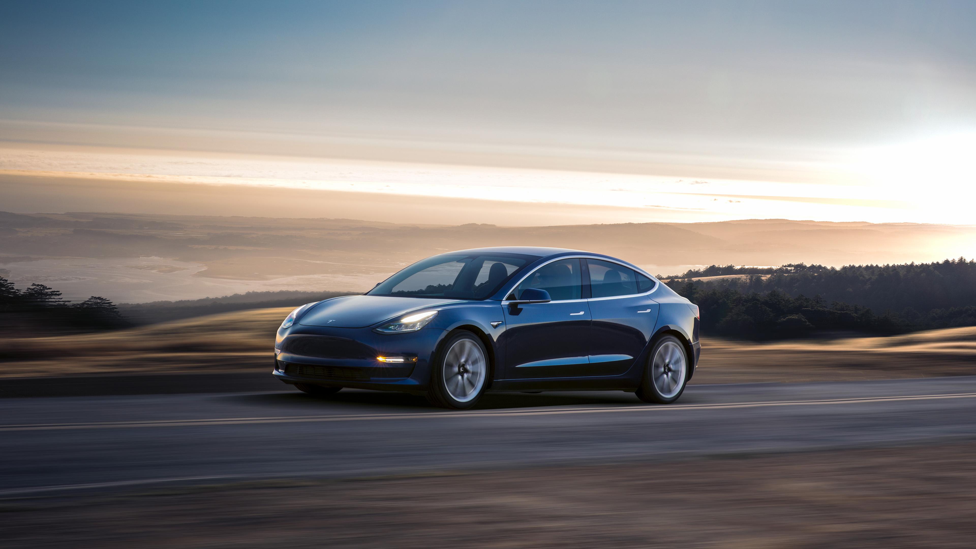Elon Musk aurait tenté de revendre Tesla à Apple