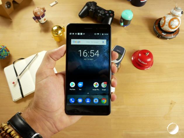 les meilleurs smartphones android moins de 300 euros en 2018 frandroid. Black Bedroom Furniture Sets. Home Design Ideas