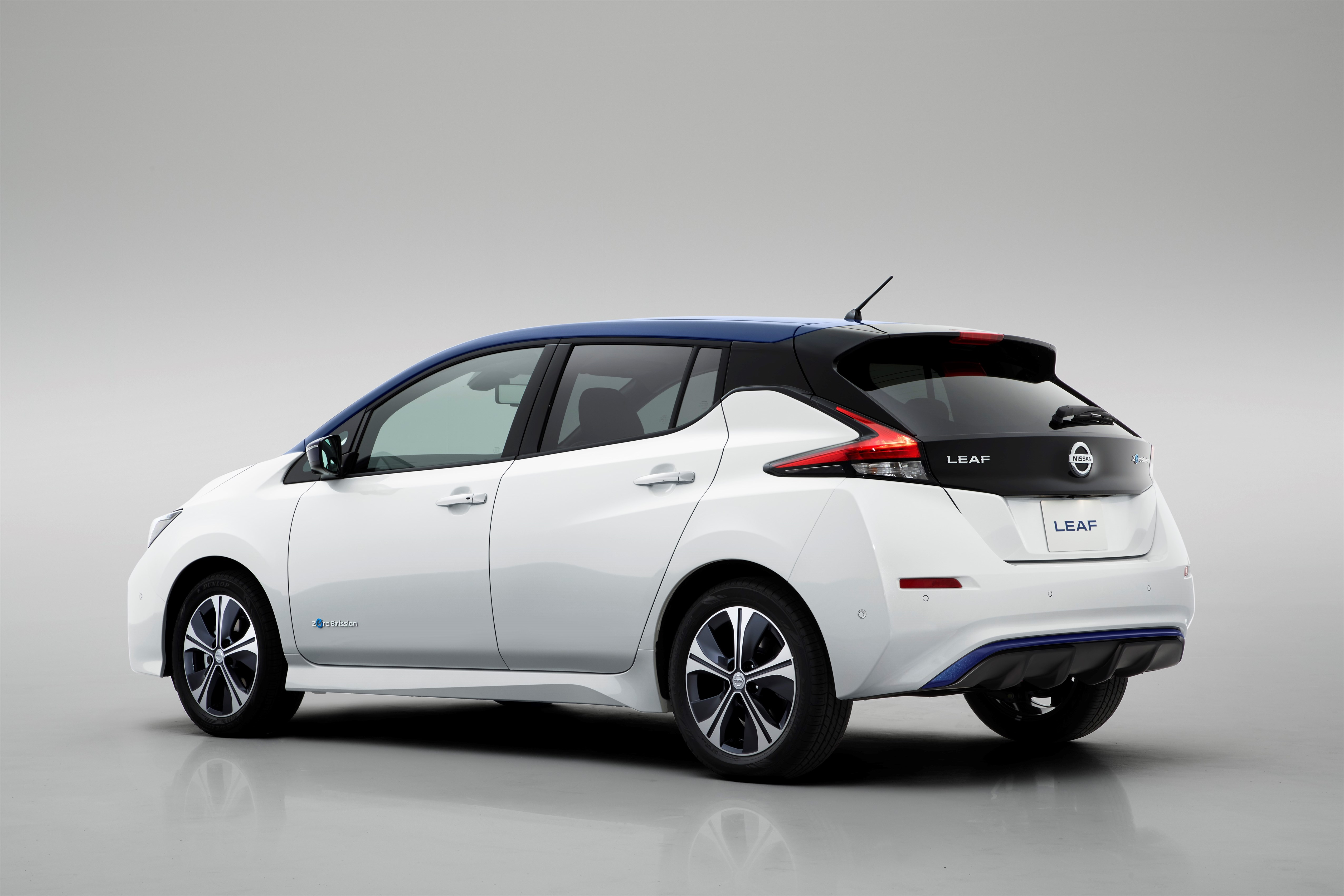 la nissan leaf long range rivalisera avec la tesla model 3 frandroid. Black Bedroom Furniture Sets. Home Design Ideas