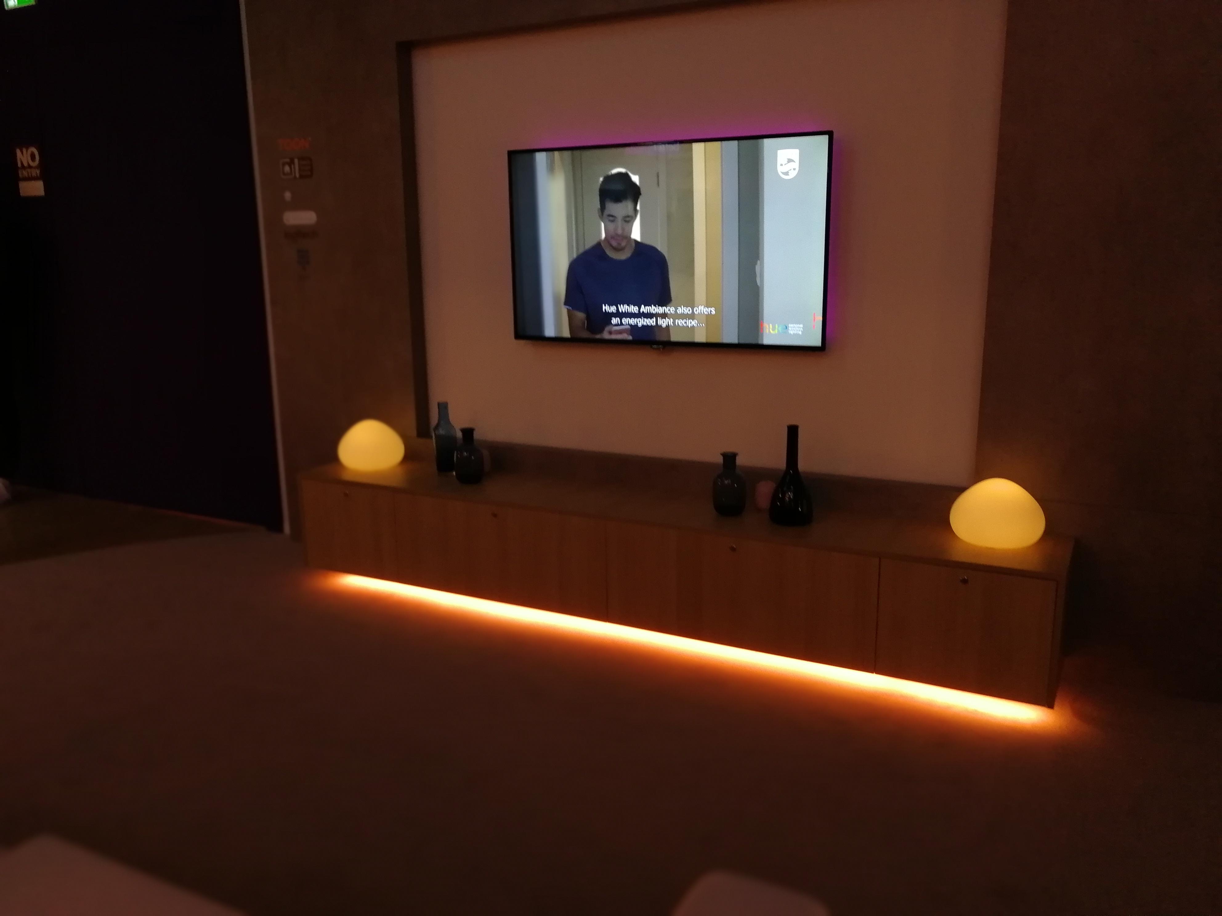 Hue Les Ampoules Connectees De Philips Evoluent Ifa 2017 Frandroid