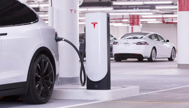 Un Superchargeur «urbain» de Tesla