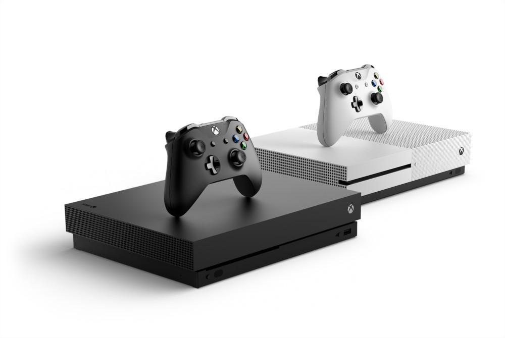 Les Xbox One X et One S, sorties en milieu de génération précédente