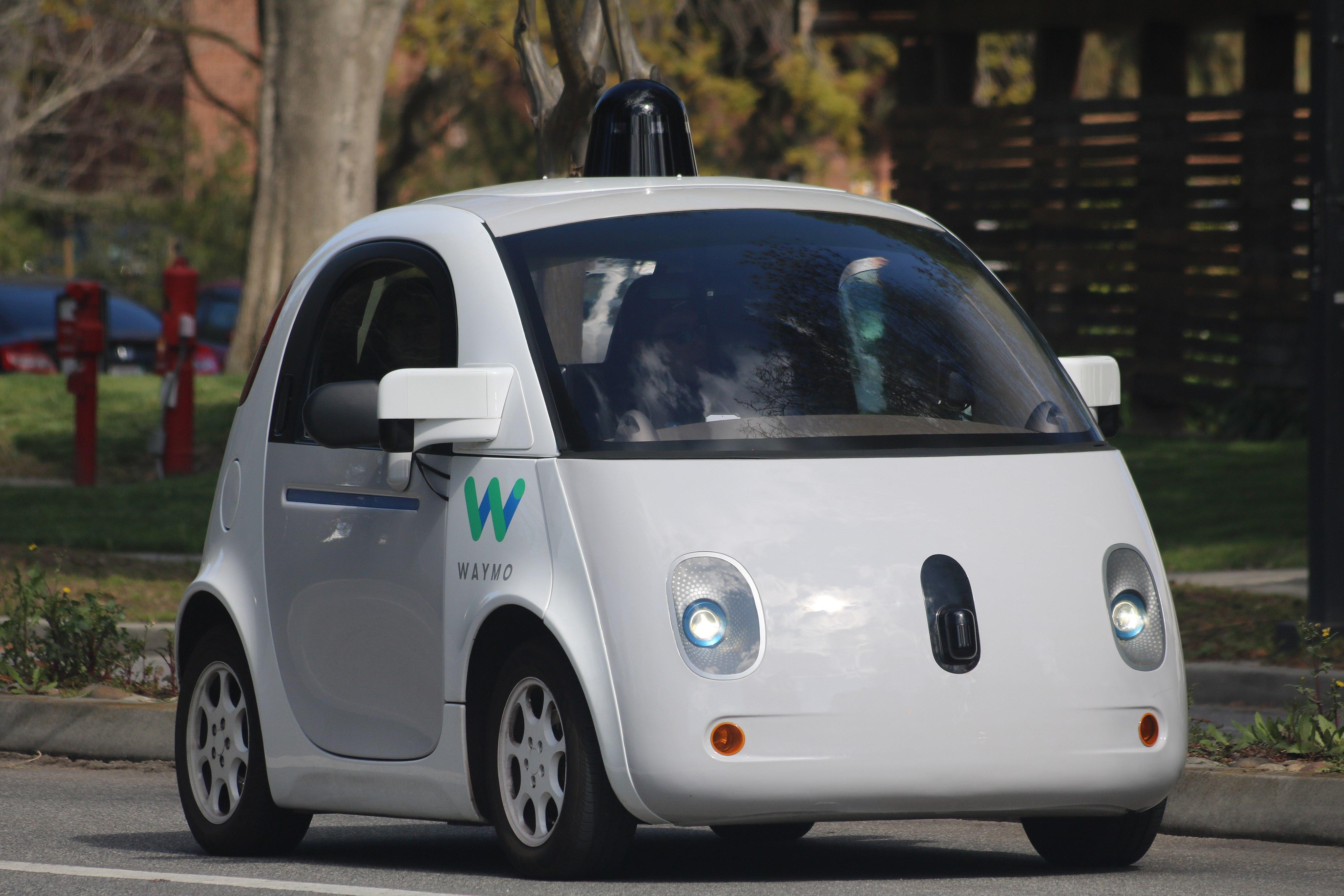 voitures autonomes alphabet google ne fait pas. Black Bedroom Furniture Sets. Home Design Ideas