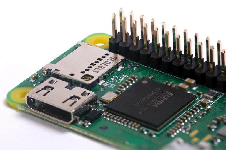 Raspberry Pi Zero WH, plus simple grâce à son port GPIO intégré pour seulement 15 euros - FrAndroid