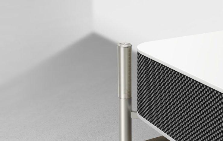 cette table basse est un vid oprojecteur 4k courte port e con u par sony frandroid. Black Bedroom Furniture Sets. Home Design Ideas