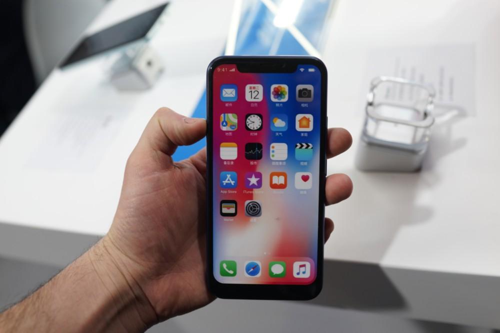 IPhone X በ Android ላይ ምርጥ እና መጥፎዎችን ያነሳሳል-የእኛ ምርጫ - MWC 2018 13