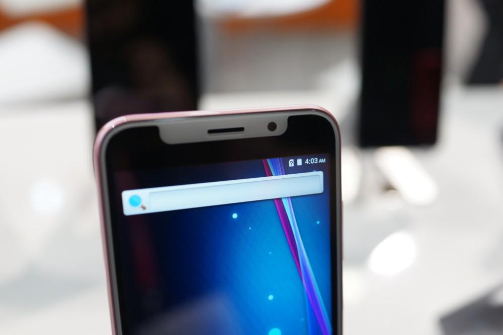 IPhone X በ Android ላይ ምርጥ እና መጥፎዎችን ያነሳሳል-የእኛ ምርጫ - MWC 2018 9