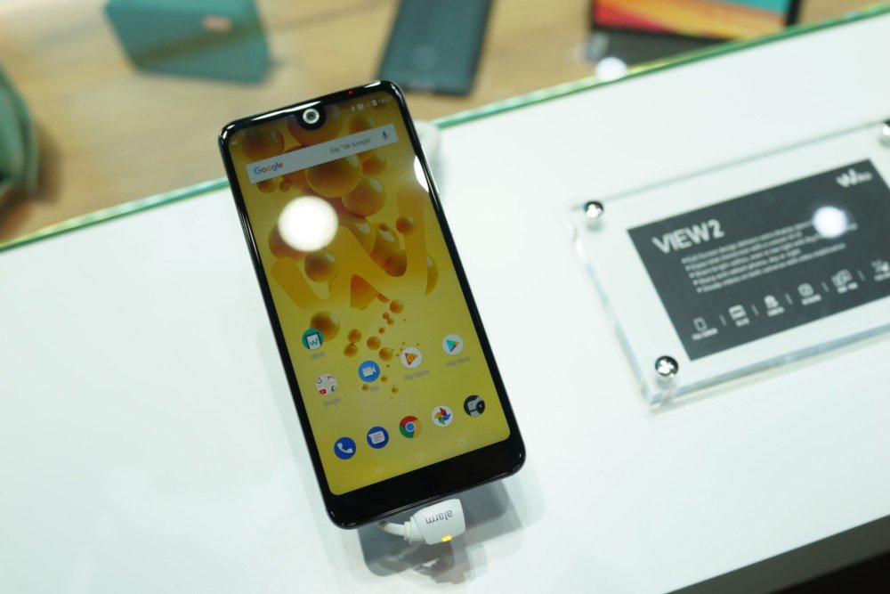 IPhone X በ Android ላይ ምርጥ እና መጥፎዎችን ያነሳሳል-የእኛ ምርጫ - MWC 2018 4