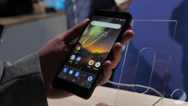 les meilleurs smartphones android moins de 300 euros en. Black Bedroom Furniture Sets. Home Design Ideas