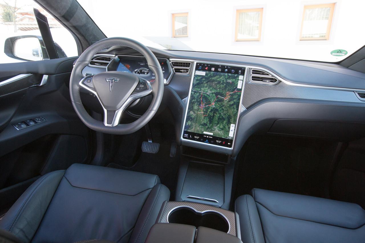 Tesla Model X Un Ovni Sur La Neige Frandroid