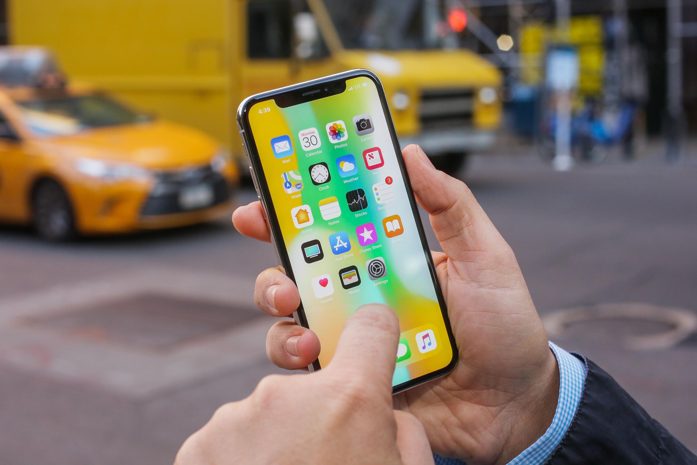 Les dimensions du prochain grand format d'Apple se précisent — IPhone X Plus