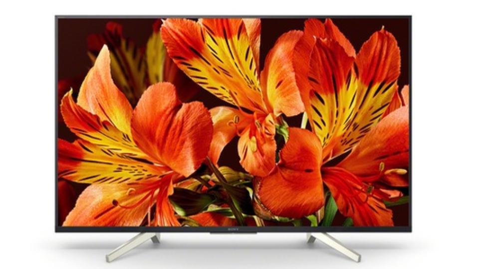 Ce téléviseur possède un design élégant qui se fondera agréablement à votre  intérieur avec ses bords fins. Elle est compatible 4K et HDR pour une  définition ... b2006f591a8d