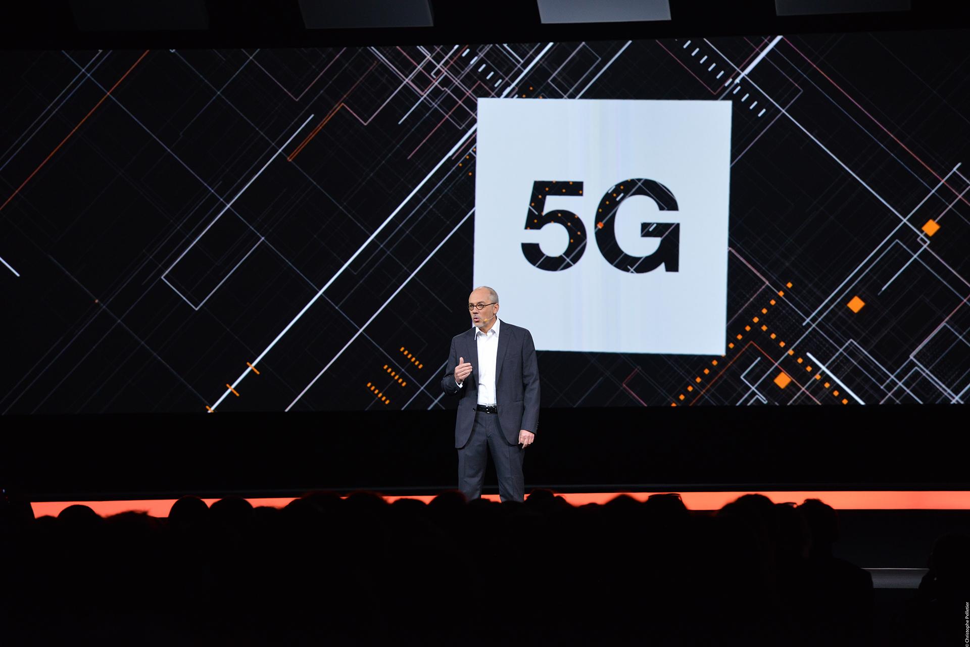 Voitures télécommandées, guidage... : les premiers usages de la 5G