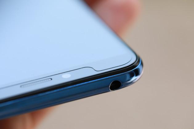 Huawei oblige, le Y6 est livré de série avec une protection d'écran en plastique de qualité directement posée.