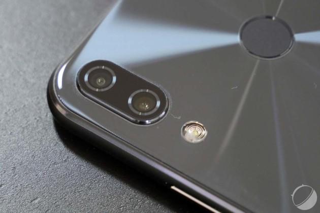 Le double appareil photo de l'Asus Zenfone5Z offre un zoom optique