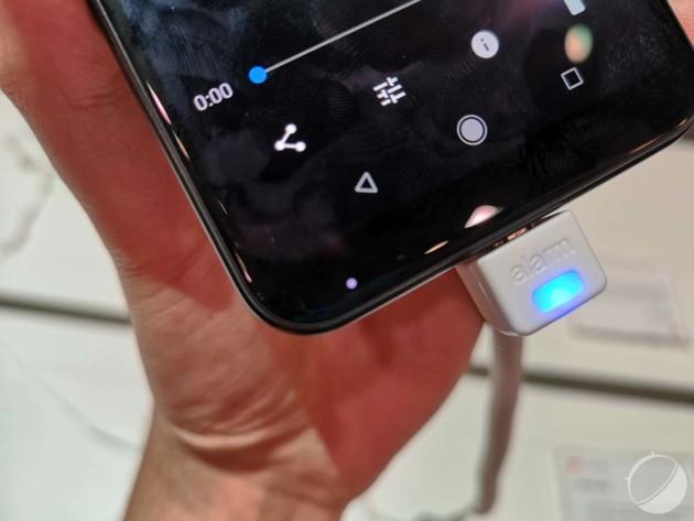 Fait amusant : la LED de notification est placée en bas, comme sur le Mi Mix 2S