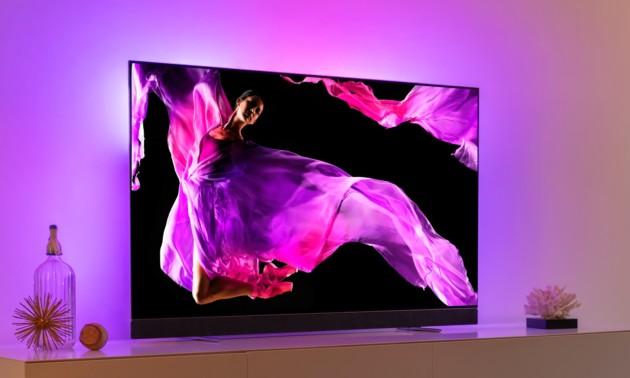 Le téléviseur OLED+903 de Philips sera disponible en 150 et 155cm