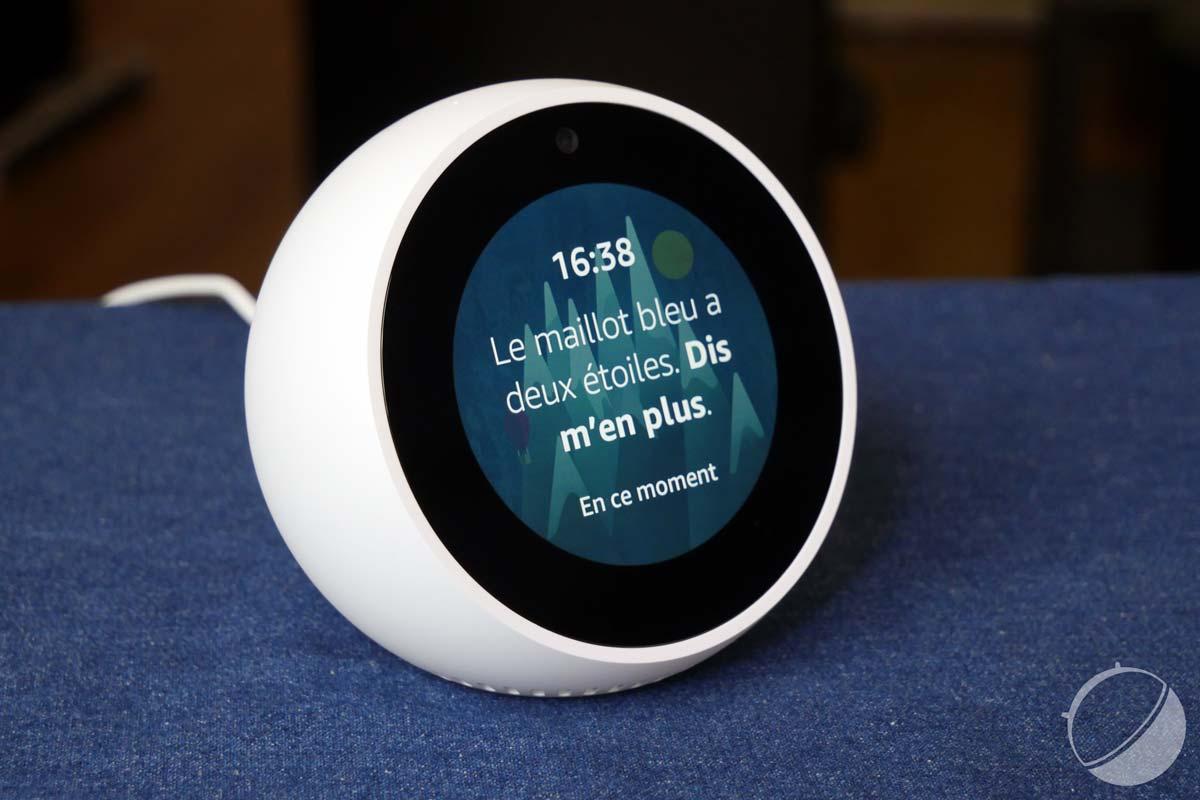 Test Amazon Echo Spot   notre avis complet - Enceinte Connectée ... e3c14708899d