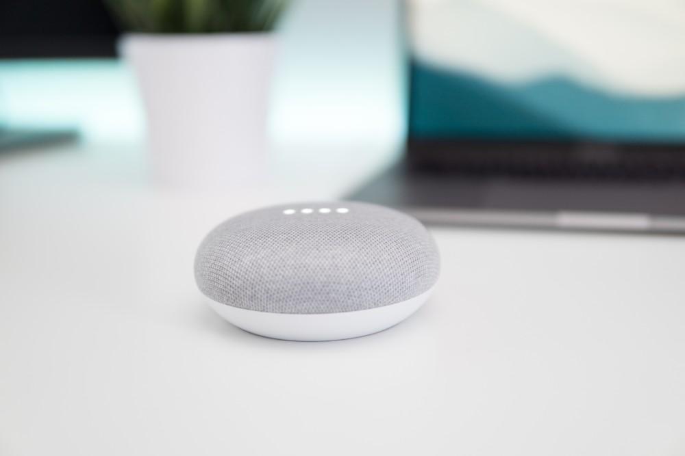 Un Google Home Mini.