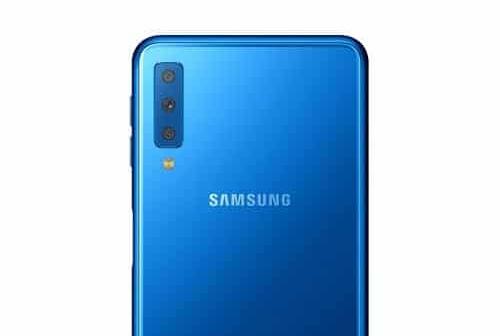 Le supposé Samsung Galaxy A7 2018 apparaît dans des rendus où l'on aperçoit un triple appareil photo à l'arrière. Ce serait une première pour le leader de la téléphonie mobile.