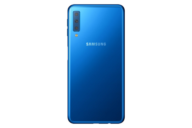 Samsung Galaxy A7 : le  smartphone « 4x fun » avec trois appareils photo au dos est officiel