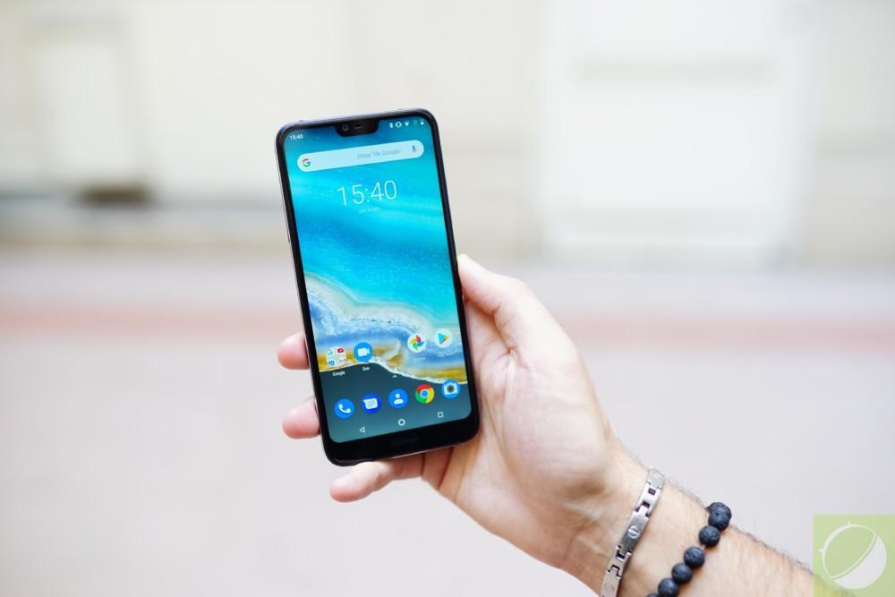 L'écran du Nokia 7.1 vire clairement vers le bleu