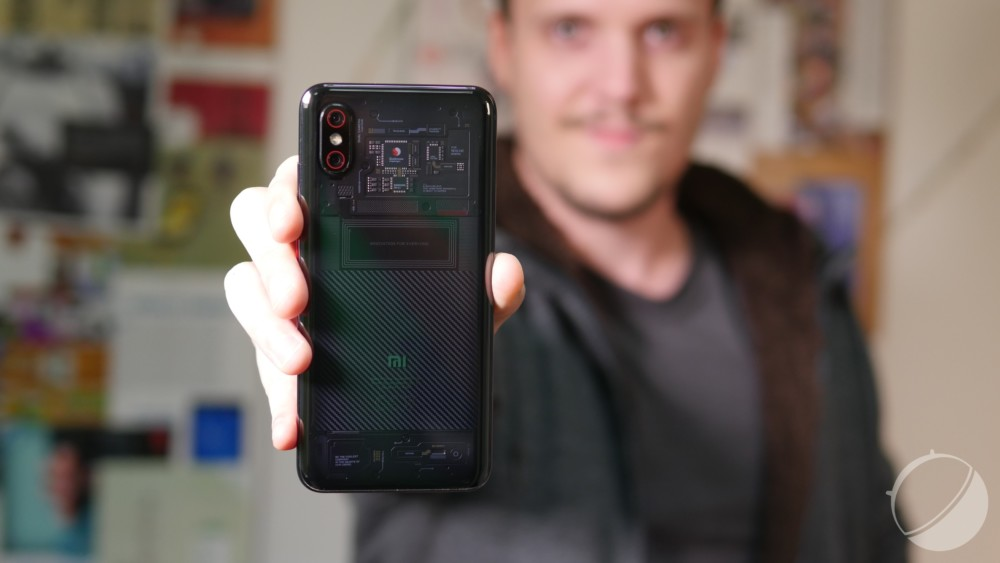 Le dos du Xiaomi Mi 8 Pro