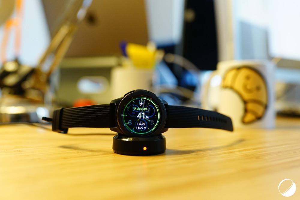 Le chargeur sans fil du Samsung Galaxy Watch