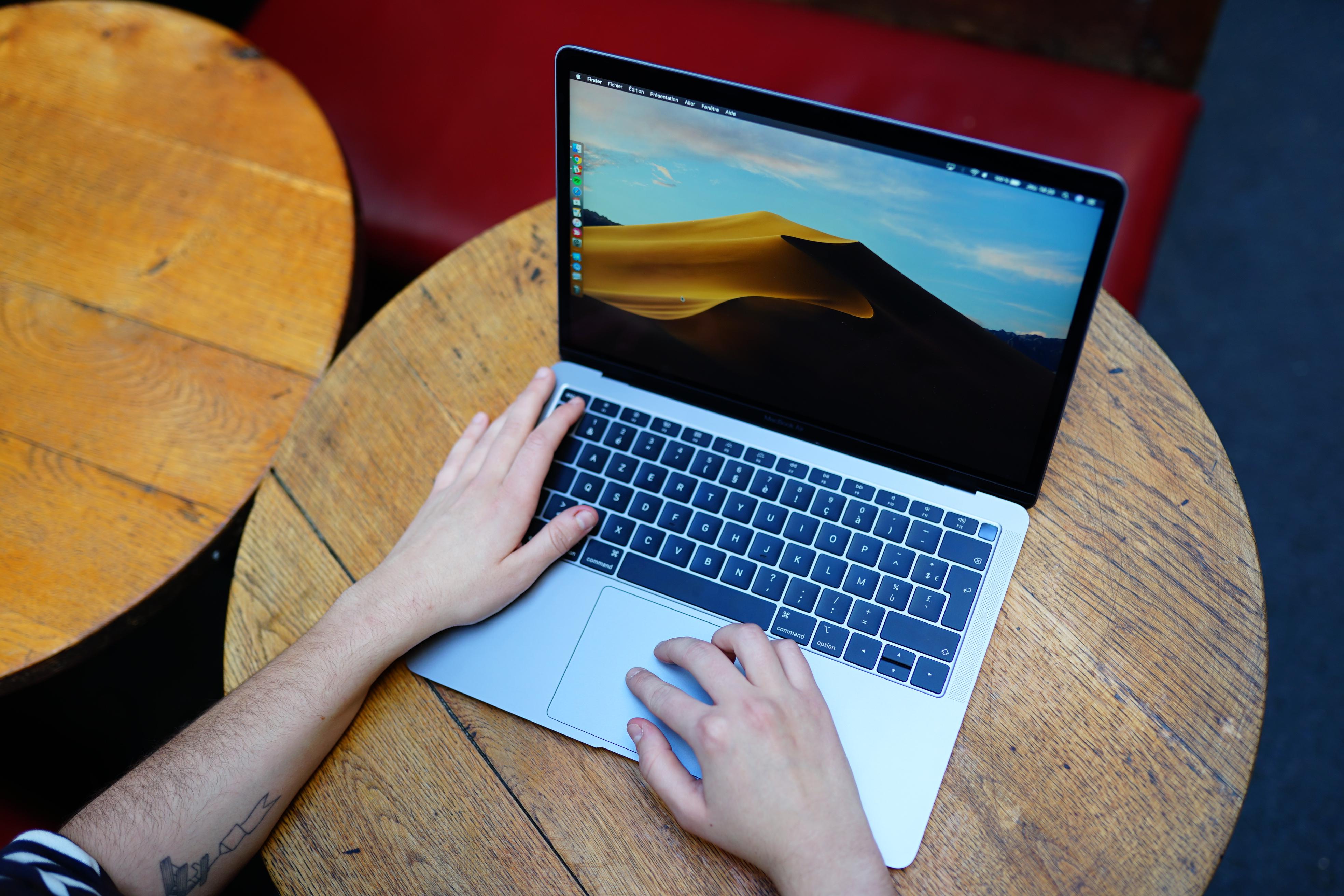 Le Macbook Pro 16 pouces reviendrait au clavier ciseaux