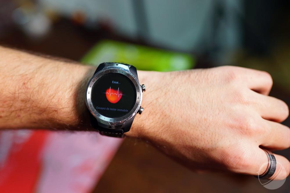Test de la Mobvoi TicWatch Pro : la montre connectée aux deux écrans pour une meilleure autonomie