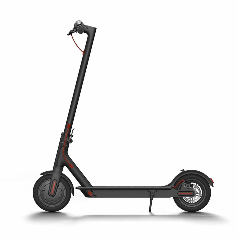 La trottinette électrique Xiaomi Scooter pourra être achetée au tarif exceptionnel de 299euros ce vendredi.
