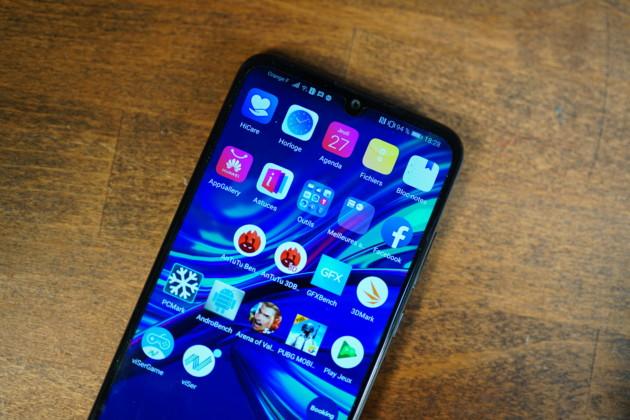 3 actualités qui ont marqué la semaine : Huawei P Smart 2019 officialisé, Xiaomi Mi Play annoncé et éditions limitées des Mate 20 Pro