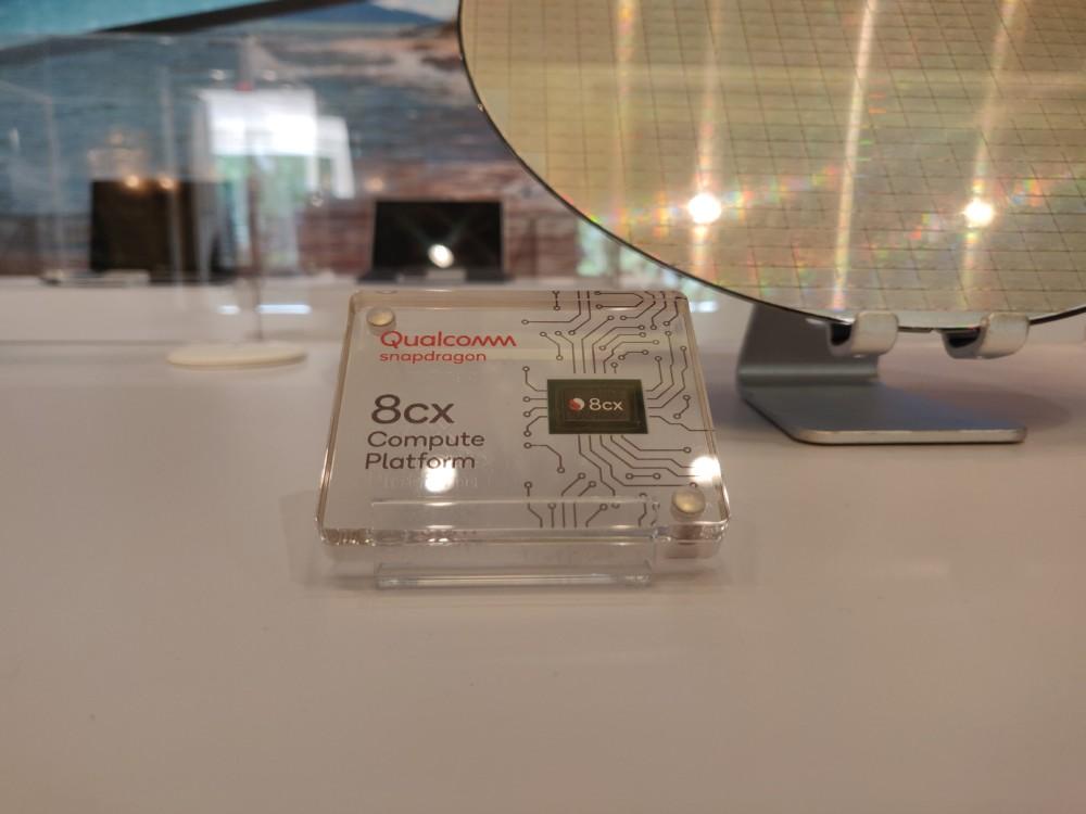Le Qualcomm Snapdragon8cx et son wafer