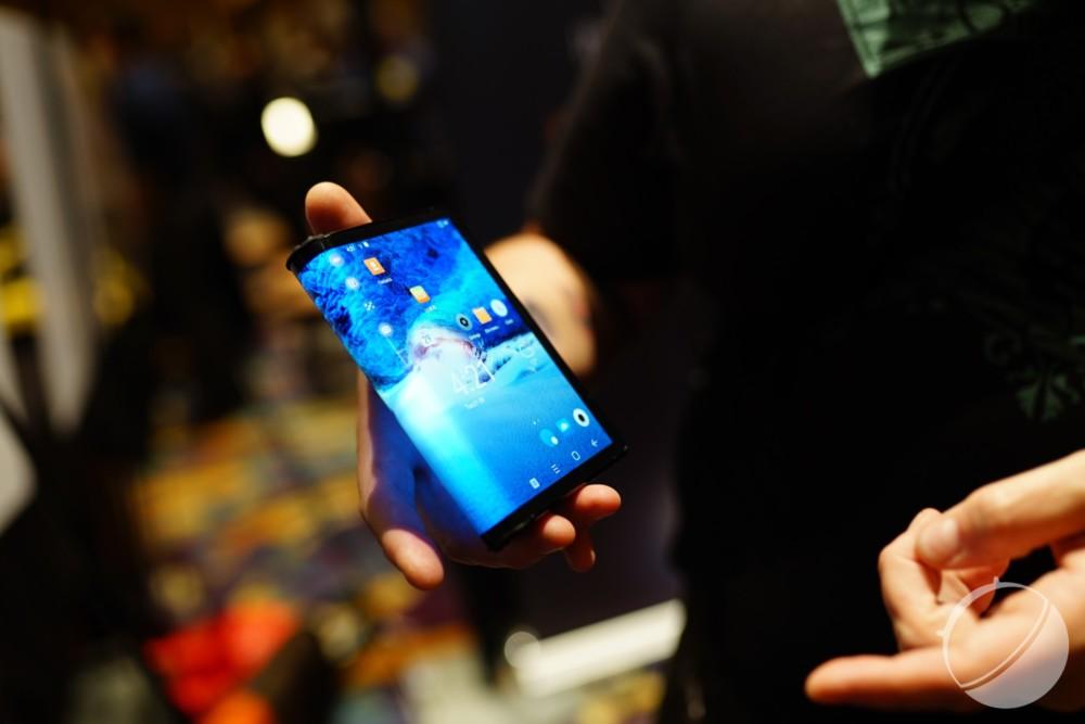 Prise en main du smartphone pliable Royole FlexPai : intéressant, mais pas intéressé