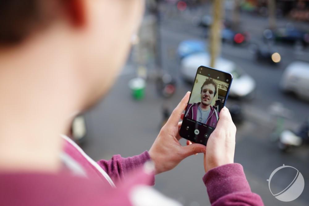 DxOMark évalue enfin la qualité des selfies sur smartphones : découvrez le nouveau classement