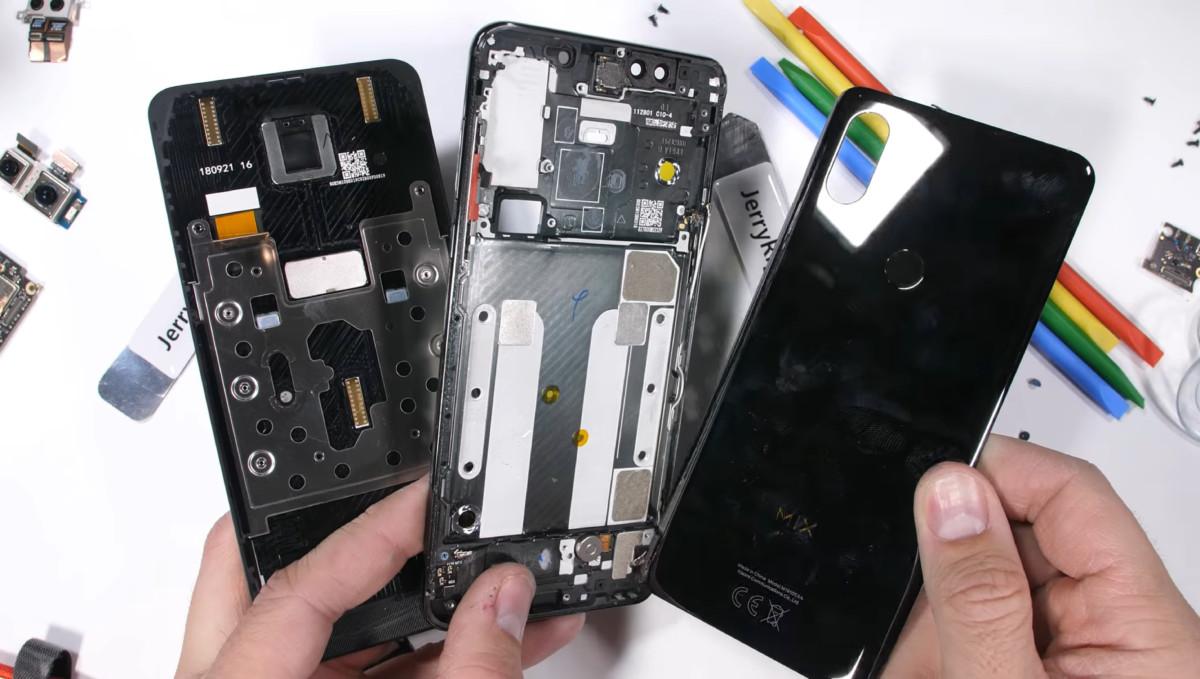 Xiaomi Mi Mix 3 : un mécanisme «brillant» selon JerryRigEverything