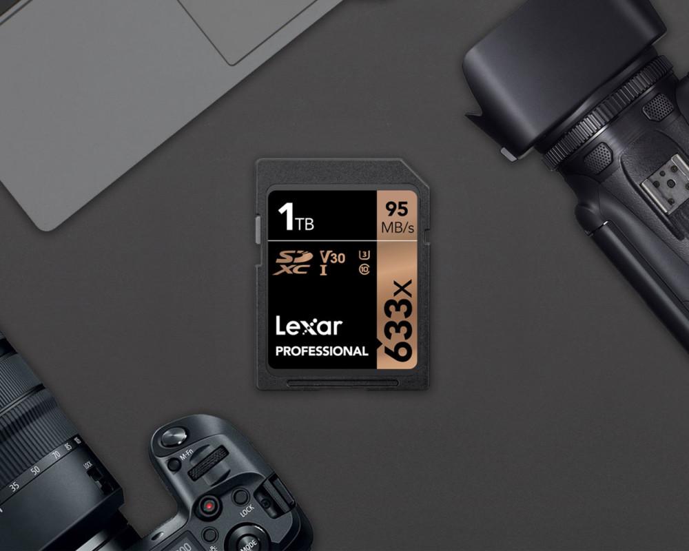 La première carte SD de 1 To est signée Lexar