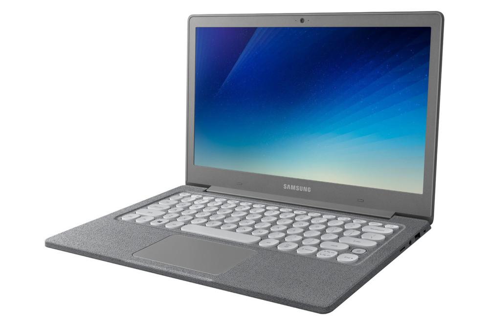 Samsung Notebook 9 Pro et Notebook Flash : le premier est «stylet», le second est en tissu et en plastique