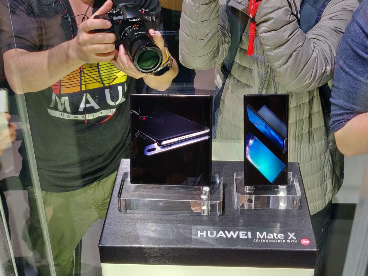 Huawei Mate X : le smartphone pliable et 5G mise sur la nouveauté au MWC 2019