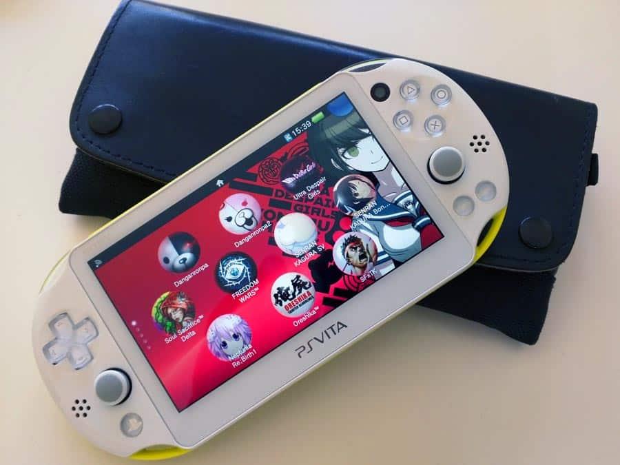 Ma PS Vita Slim en 2016, toujours en ma possession