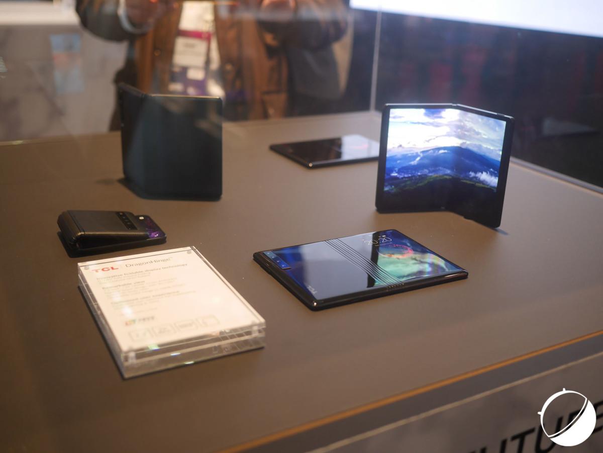 Les prototypes d'écrans pliables de TCL