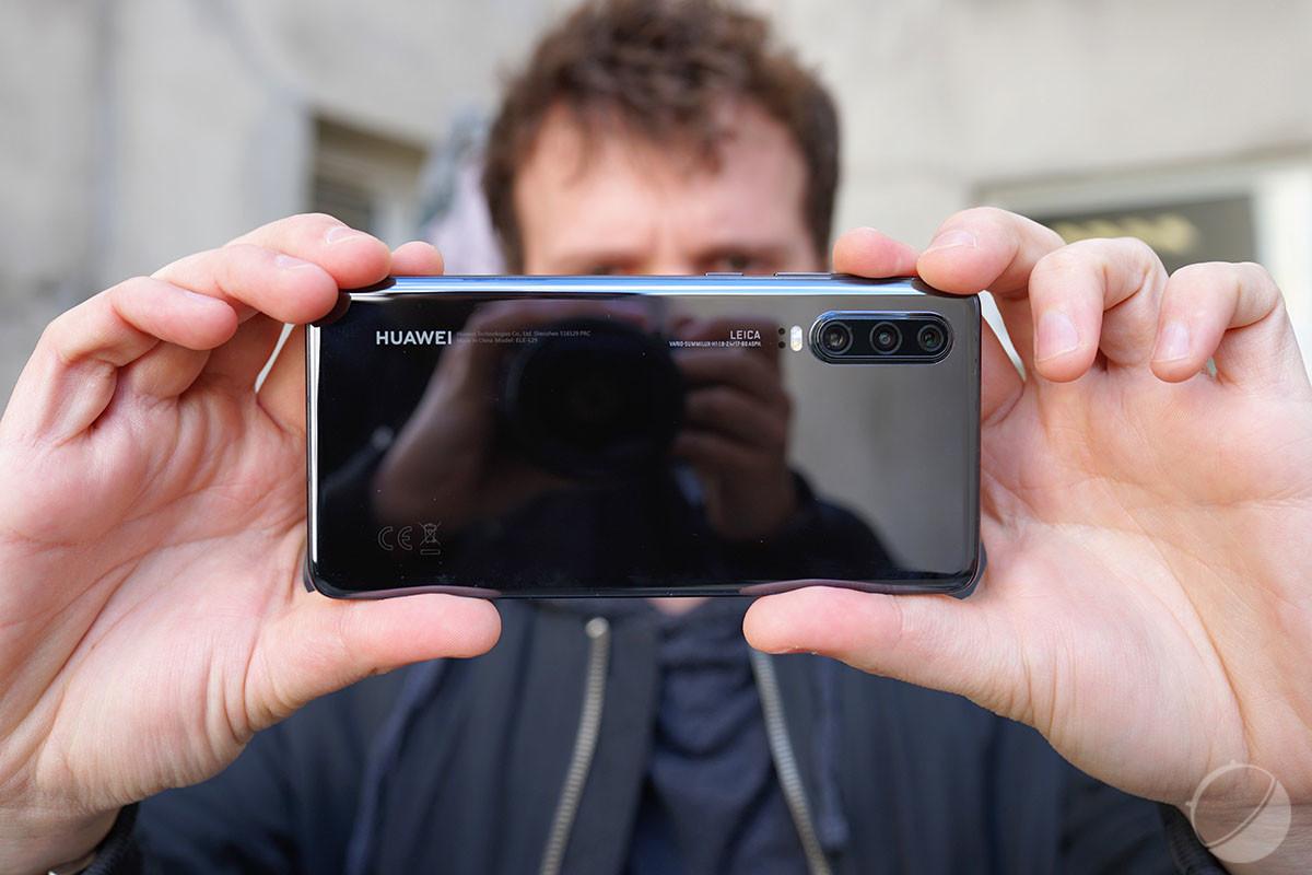 Huawei P30 vs Samsung Galaxy S10 : lequel est le meilleur smartphone ?