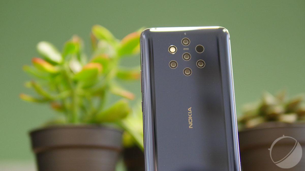 Avec ses cinq capteurs photo, son traitement de l'image fidèle à la réalité et la possibilité d'enregistrer les photos au format RAW, le Nokia 9 Pureview a tout pour séduire les amoureux de la photographie et du post-traitement.