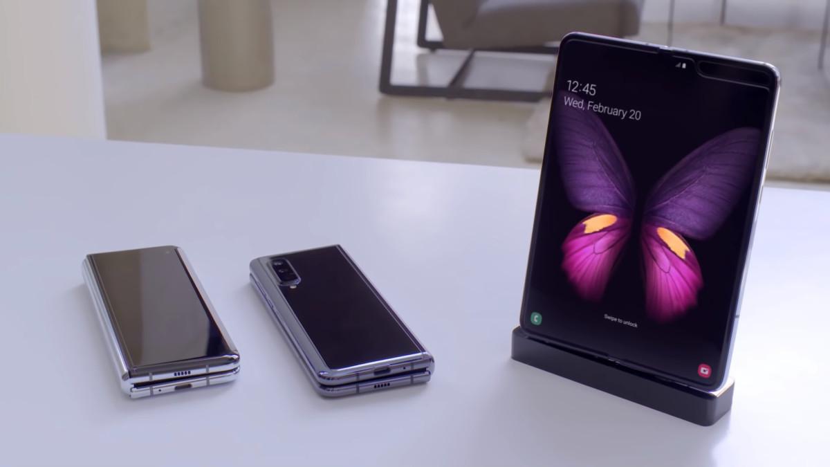 Galaxy Fold : Samsung serait inquiet de la durabilité de son écran pliable