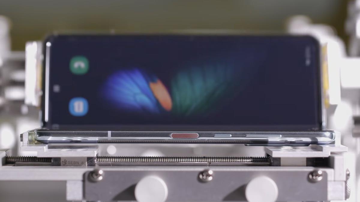 Galaxy Fold : Samsung se plie en quatre pour rassurer sur sa durabilité