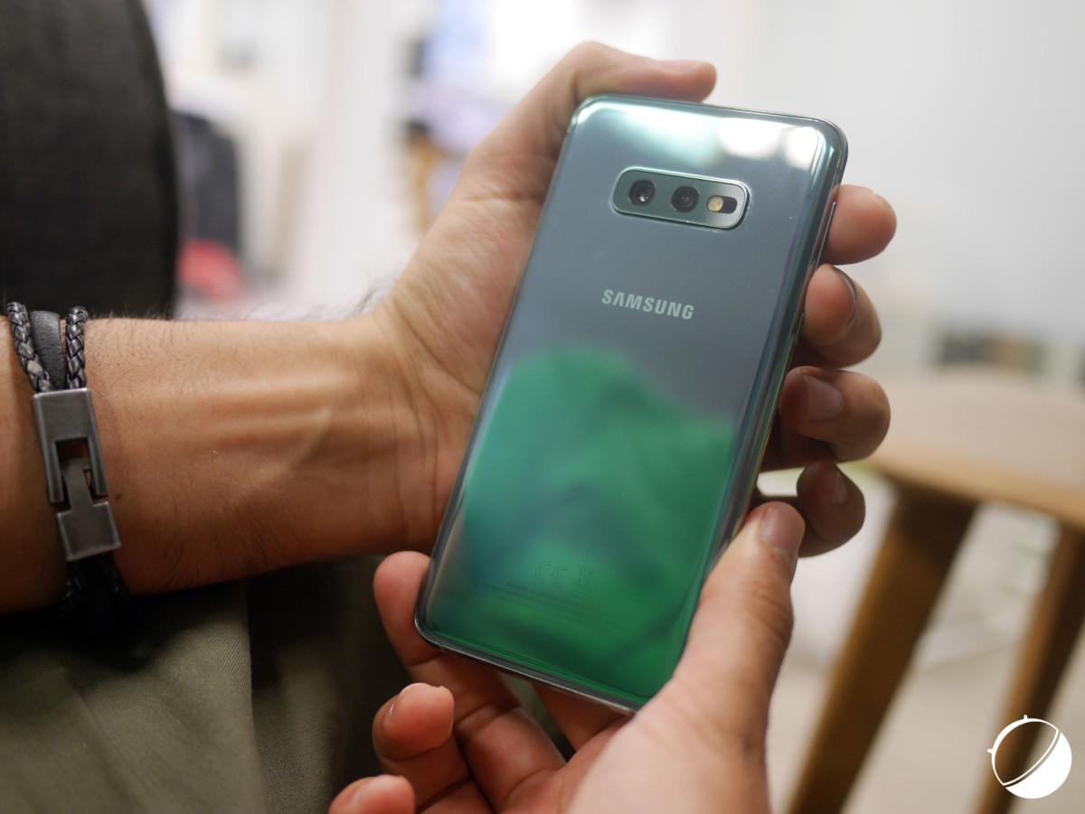 Samsung Galaxy S10e dos b