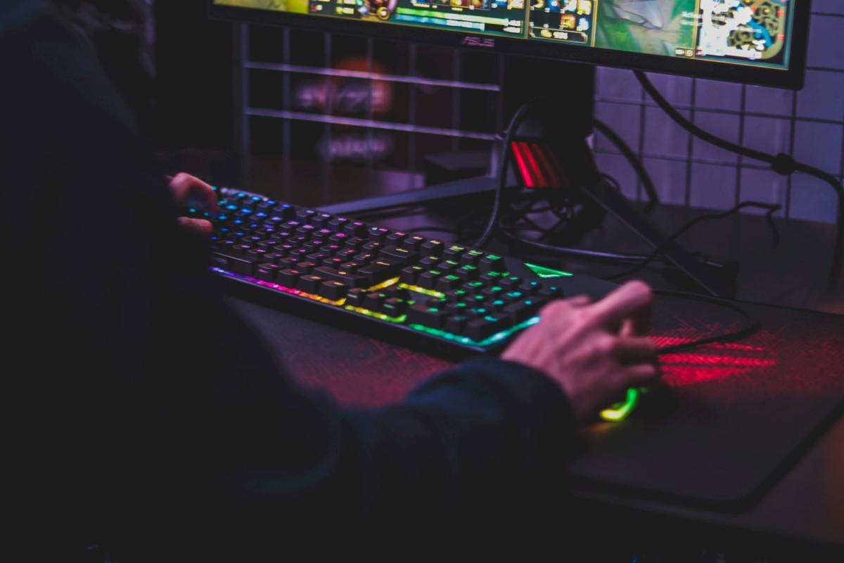 Pour le jeu vidéo en ligne, un gros forfait4G n'est pas vraiment la solution idéale.