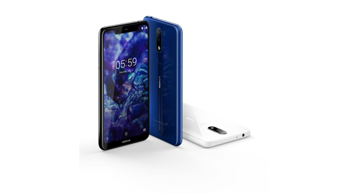 Sur le site de la Darty, le Nokia 5.1 Plus est disponible en bleu et en noir.